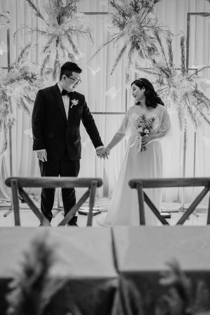 Joshua & Vania Wedding at Mercure Hotel Jakarta by AKSA Creative - 042
