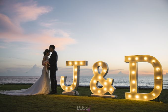 Joyce and Dennis wedding at Sava Beach Villas by BLISS Events & Weddings Thailand - 014
