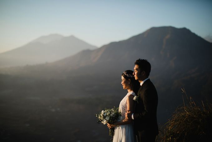 two days prewedding in bali by Maxtu Photography - 024