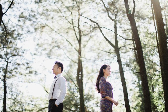two days prewedding in bali by Maxtu Photography - 032