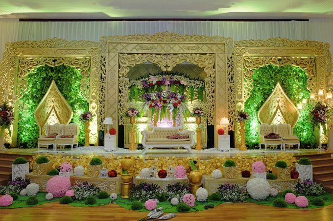 Modern Wedding Decoration by BRAJA MUSTIKA Hotel & Convention Centre - 001