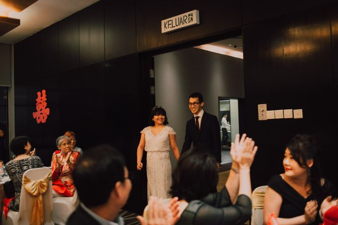 Wedding reception at Ghotel by Amelia Soo photography - 009