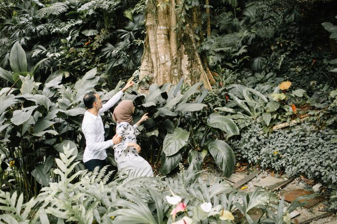 Tropical forest elopement by Amelia Soo photography - 031