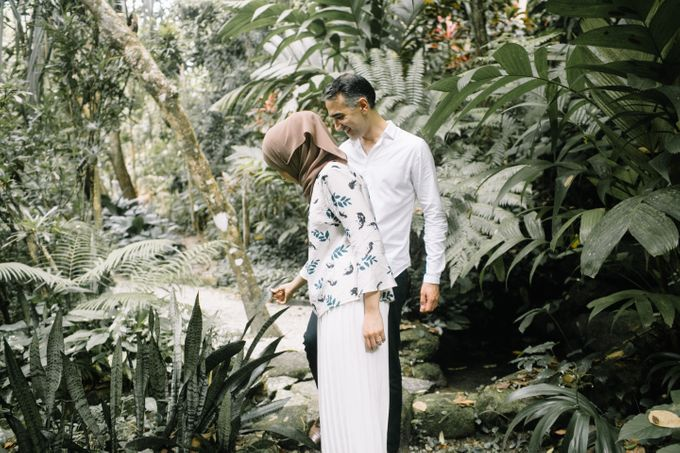 Tropical forest elopement by Amelia Soo photography - 022