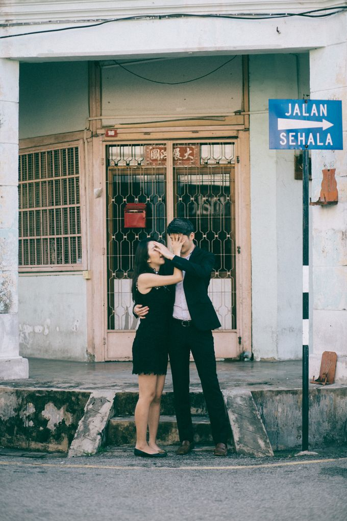Street Prewedding by Amelia Soo photography - 028
