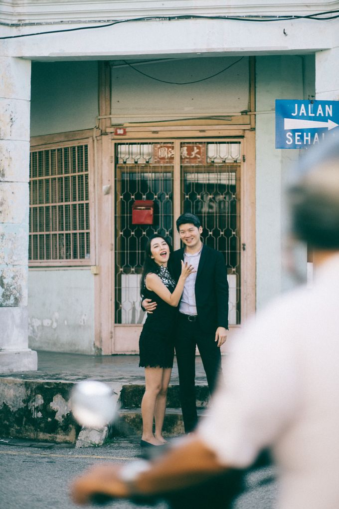 Street Prewedding by Amelia Soo photography - 029