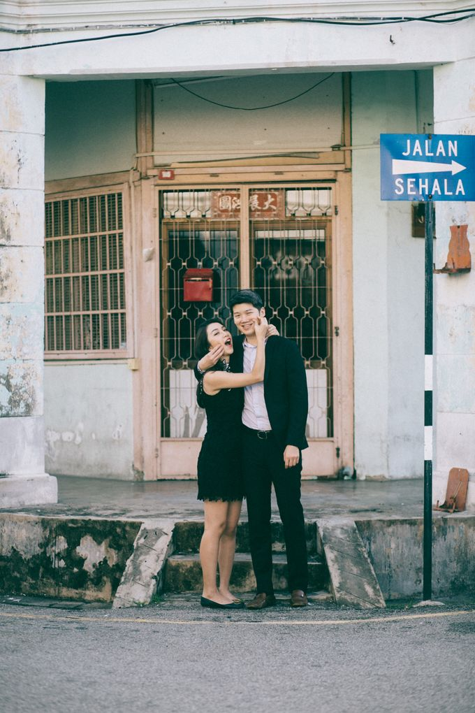 Street Prewedding by Amelia Soo photography - 027