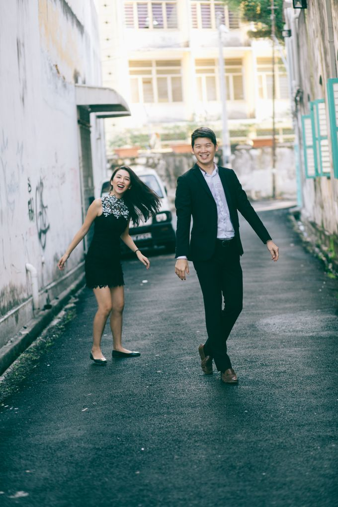 Street Prewedding by Amelia Soo photography - 022