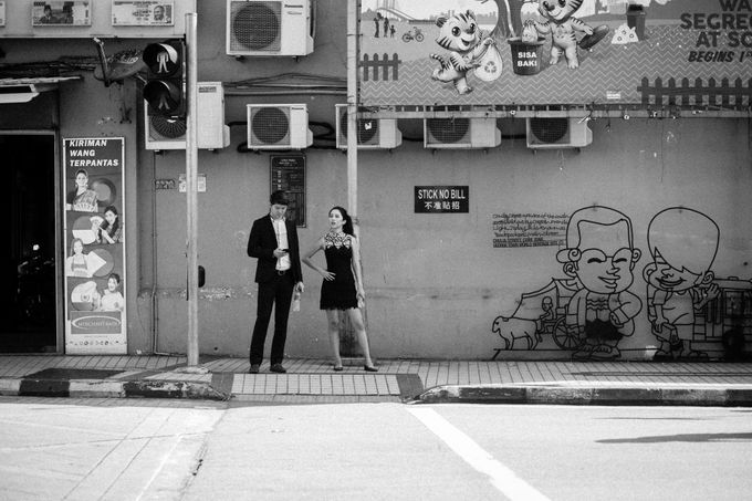 Street Prewedding by Amelia Soo photography - 013