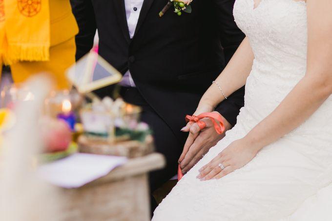 Ian & Farra Intimate Beach Villa Wedding by Vilia Wedding Planner - 024
