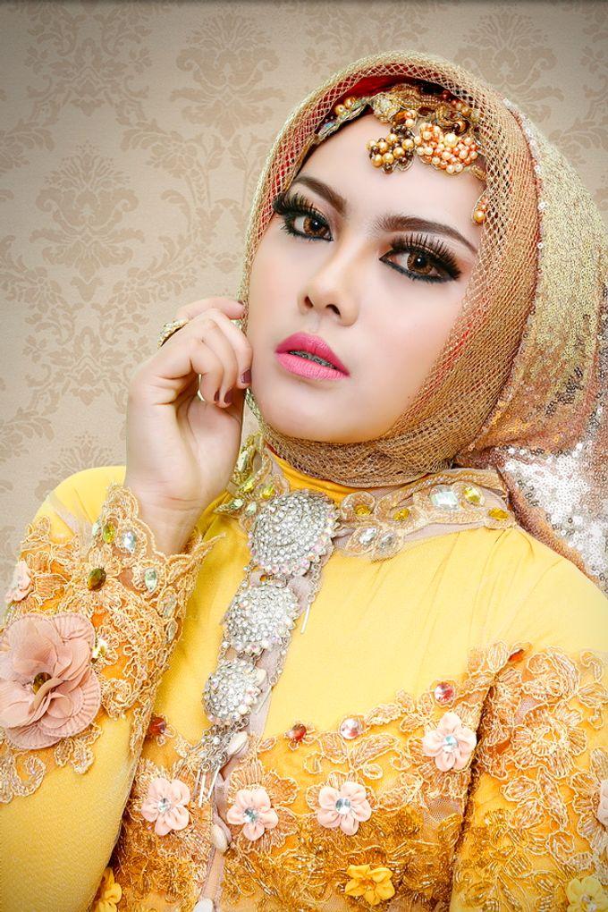 Wedding Make Up, Graduation, And Engagement by qaylamakeup - 008