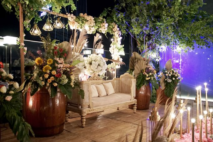 Nadya & darian decoration Wedding by Our Wedding & Event Organizer - 024