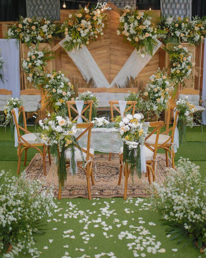 The Wedding of Dila & Imam di Villa Vii by Decor Everywhere - 007