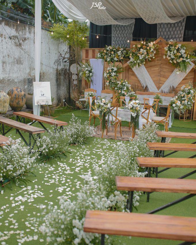 The Wedding of Dila & Imam di Villa Vii by Decor Everywhere - 015