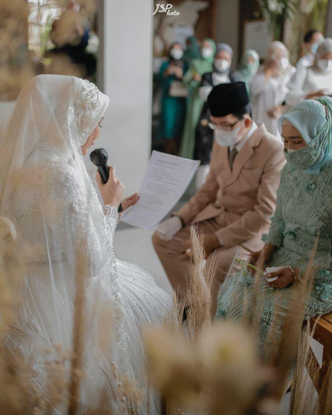 The Wedding of Dila & Imam di Villa Vii by Decor Everywhere - 024