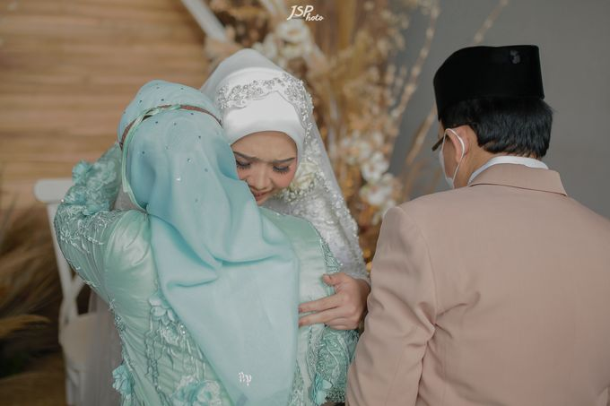 The Wedding of Dila & Imam di Villa Vii by Decor Everywhere - 025