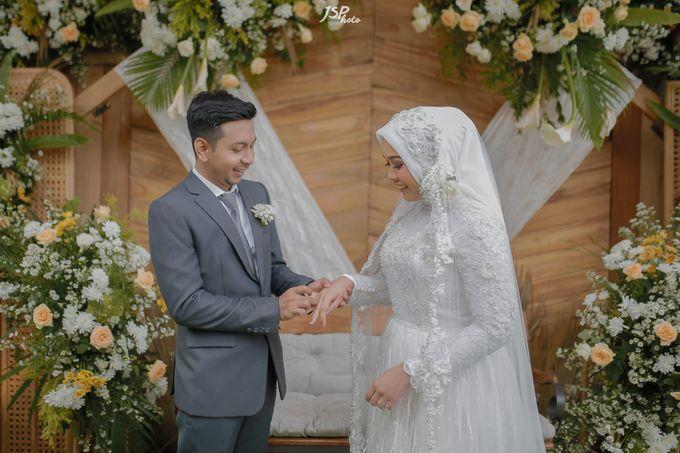 The Wedding of Dila & Imam di Villa Vii by Decor Everywhere - 033