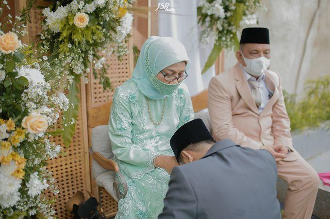 The Wedding of Dila & Imam di Villa Vii by Decor Everywhere - 036