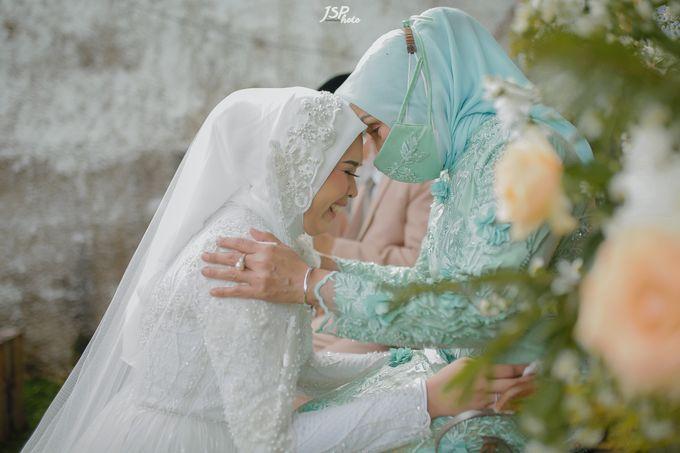 The Wedding of Dila & Imam di Villa Vii by Decor Everywhere - 037