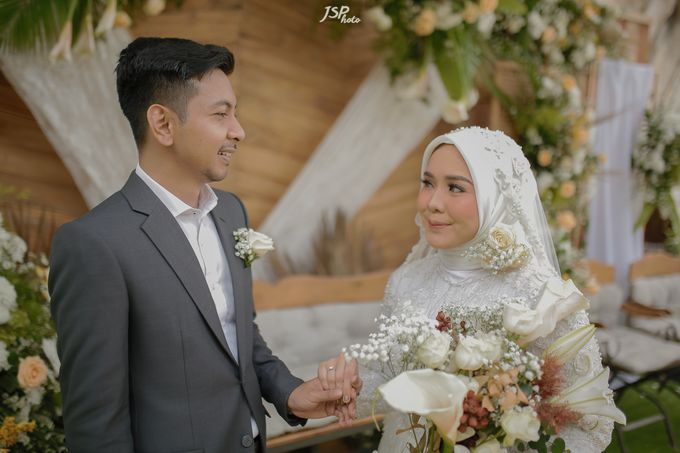 The Wedding of Dila & Imam di Villa Vii by Decor Everywhere - 043