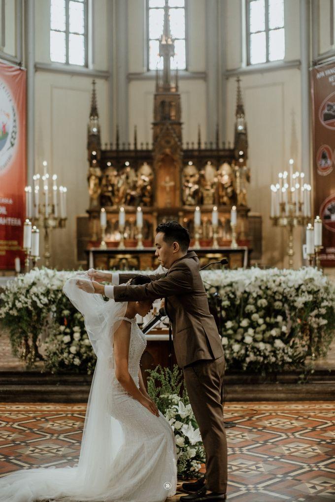 Kalvin & Dian // Wedding Day by Katakitaphoto - 015