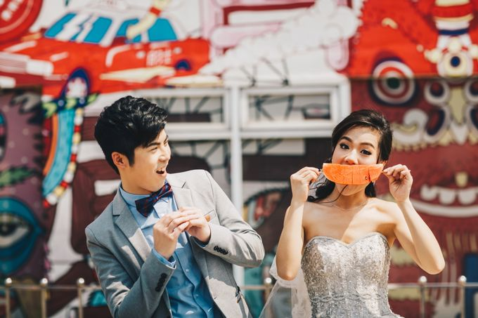 Lovely Couple From Hong Kong Live in BKK by Kanvela - 001