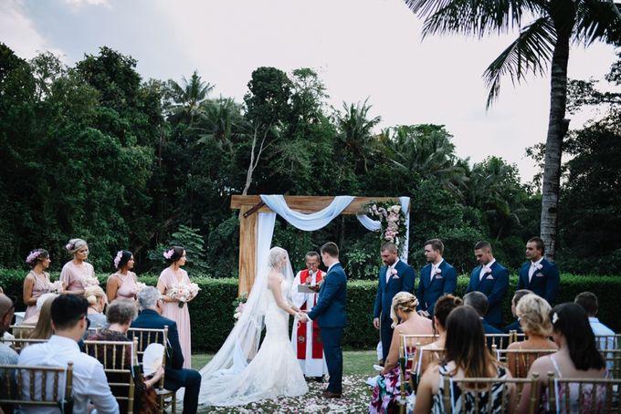 George & Joudy by BALI STAR WEDDING PLANNER - 018