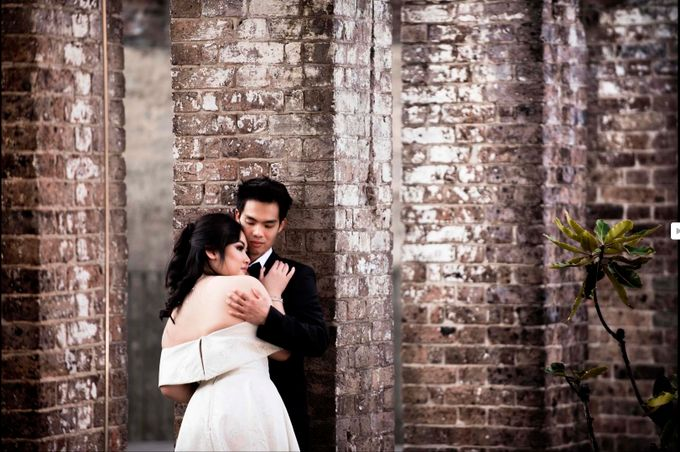 Pre-Wedding - Prenuptial - Engagement - Save the date - Couple by Alodia Oei Photography - 018