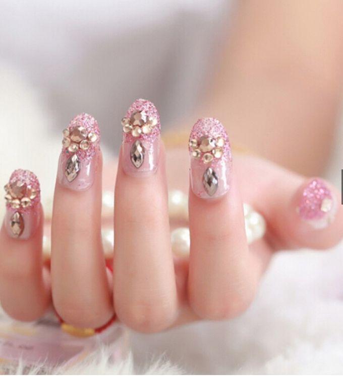 nail art- 24 pcs kuku palsu dengan warna pink dengan motif permata yang unik by Triwindu shop - 004