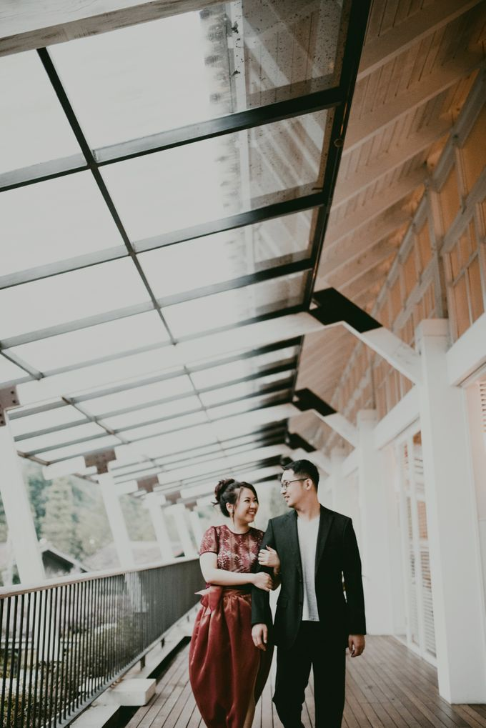 Karlina & Ariyanto Engagement Session by ATIPATTRA - 031