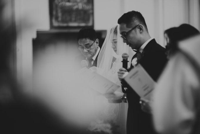 Karlina & Ariyanto Wedding Ceremony by ATIPATTRA - 014