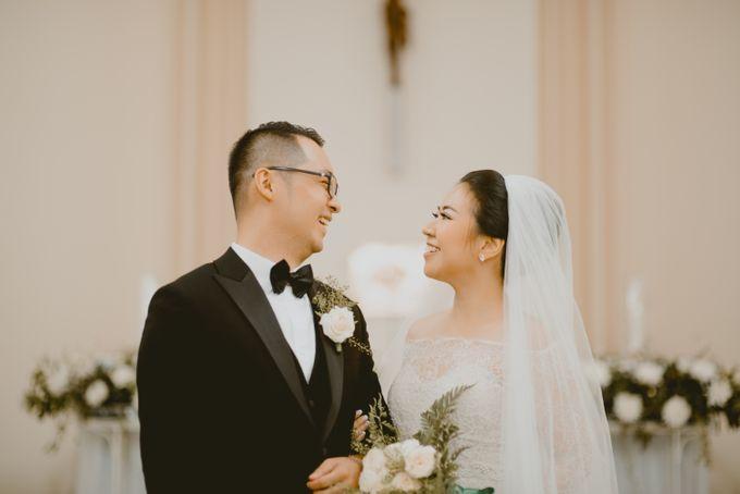 Karlina & Ariyanto Wedding Ceremony by ATIPATTRA - 015