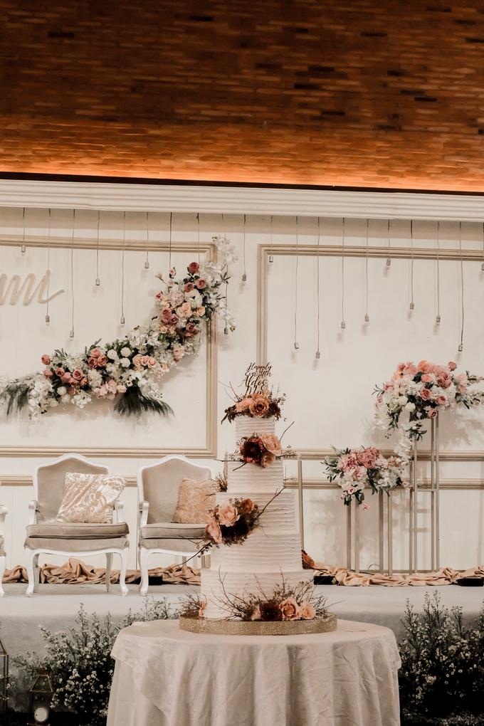 The Wedding of Aldo & Mimi by KAIA Cakes & Co. - 012
