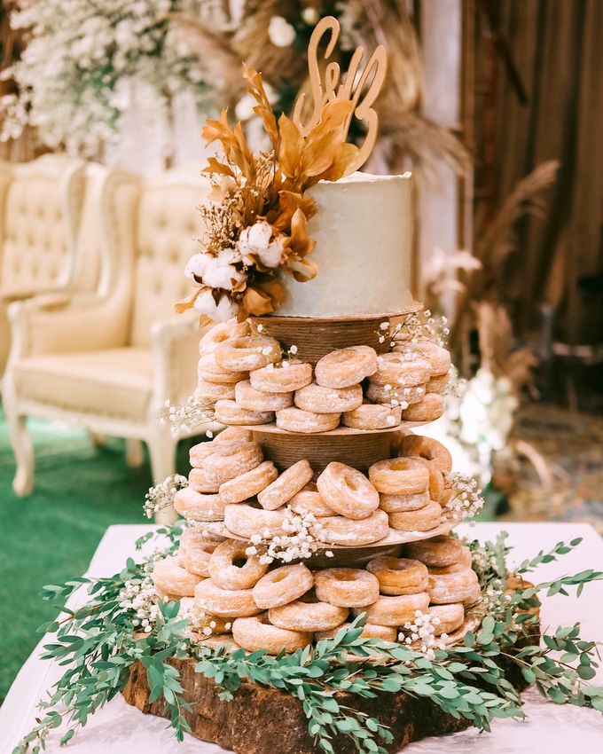 The Wedding of Shara & Bayu by KAIA Cakes & Co. - 001