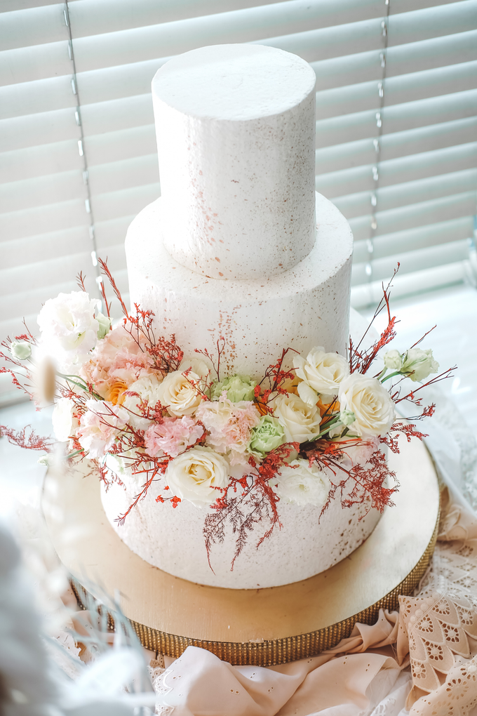 The Wedding of Indra & Angelica by KAIA Cakes & Co. - 001