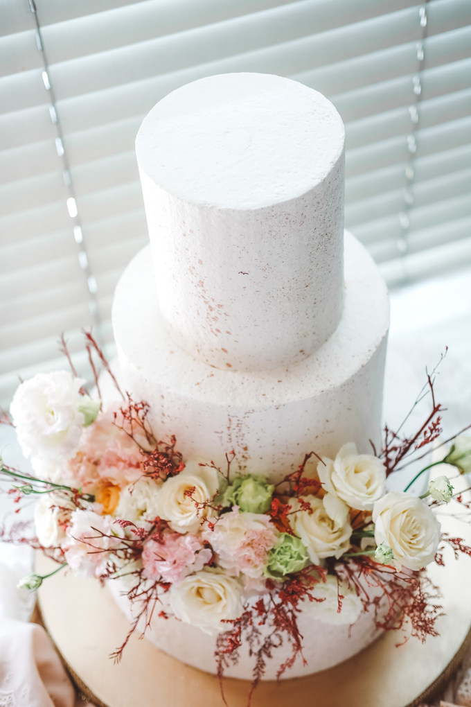The Wedding of Indra & Angelica by KAIA Cakes & Co. - 003