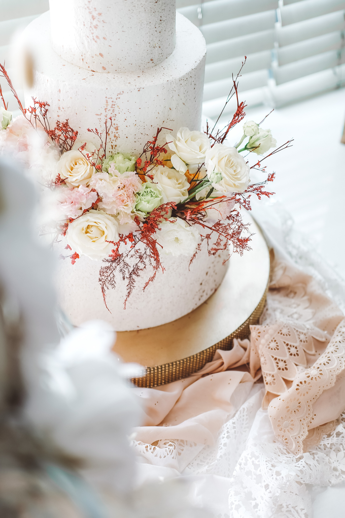 The Wedding of Indra & Angelica by KAIA Cakes & Co. - 006