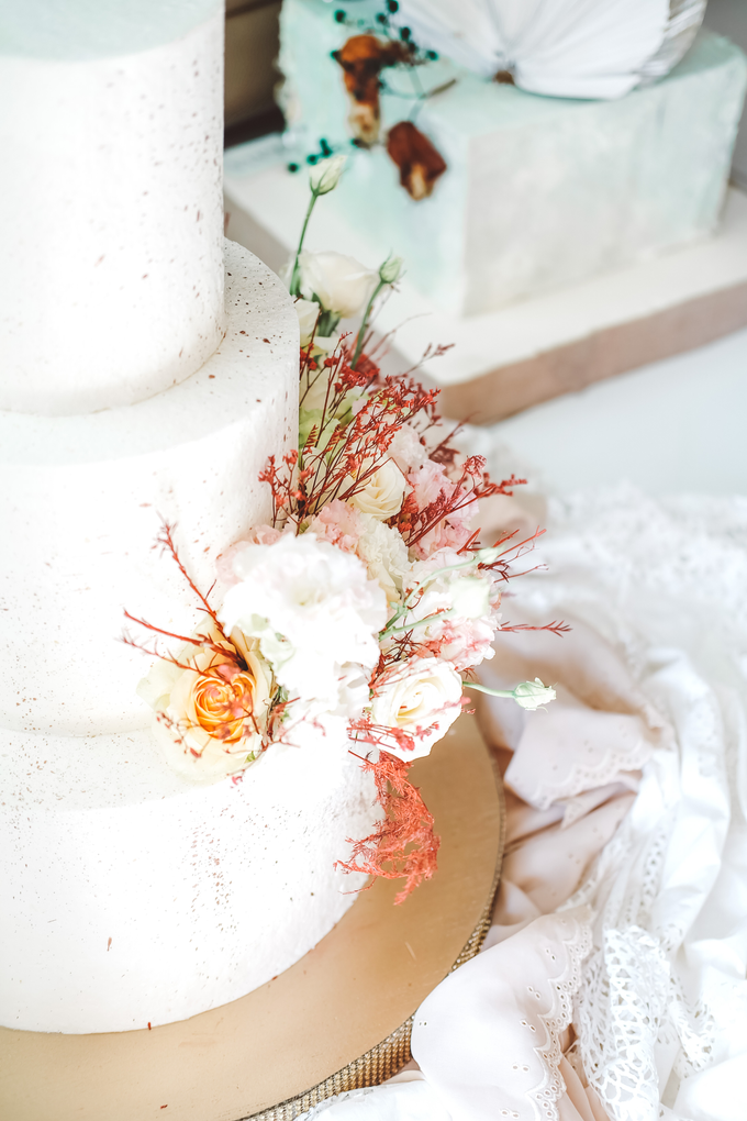 The Wedding of Indra & Angelica by KAIA Cakes & Co. - 007