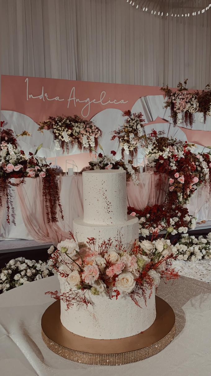 The Wedding of Indra & Angelica by KAIA Cakes & Co. - 017