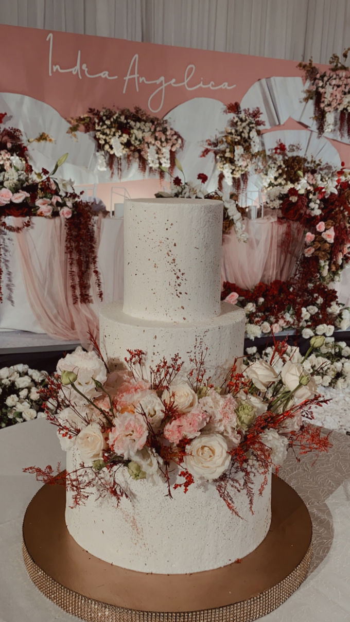 The Wedding of Indra & Angelica by KAIA Cakes & Co. - 018