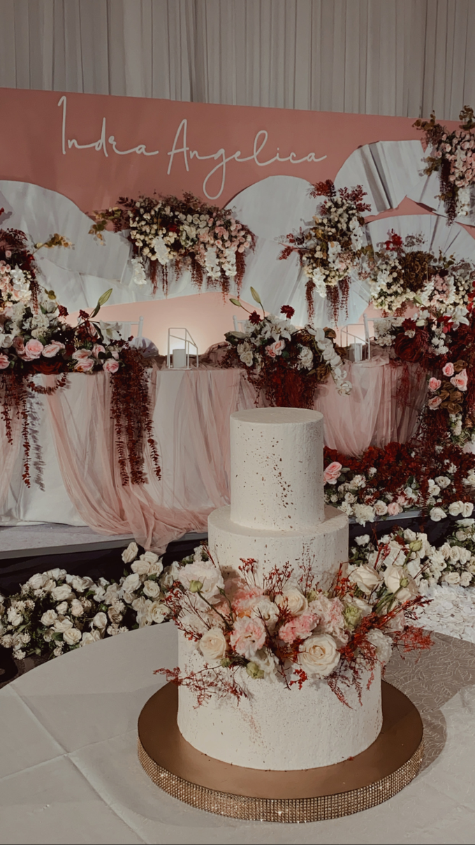 The Wedding of Indra & Angelica by KAIA Cakes & Co. - 019
