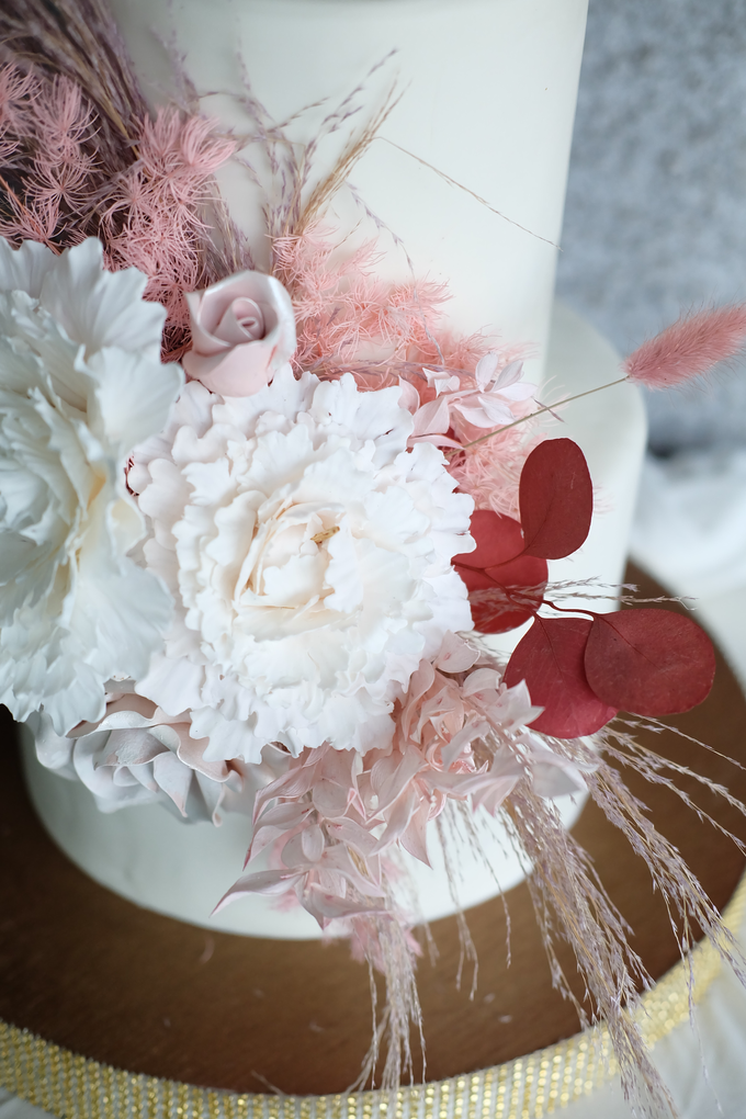 The Wedding of Donny & Tasya by KAIA Cakes & Co. - 002