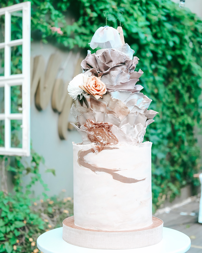 The Wedding of Dian & Galang by KAIA Cakes & Co. - 010