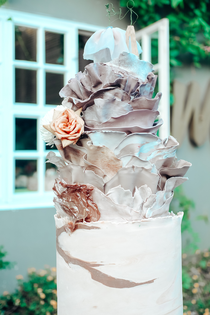 The Wedding of Dian & Galang by KAIA Cakes & Co. - 011