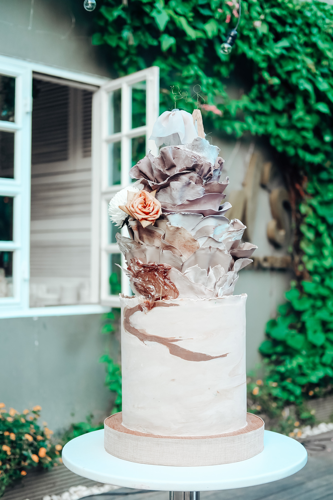 The Wedding of Dian & Galang by KAIA Cakes & Co. - 014