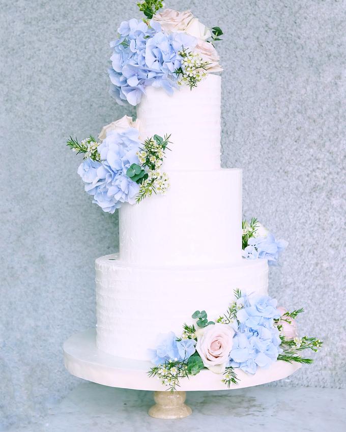 The Wedding of Nicho & Frieska  by KAIA Cakes & Co. - 009
