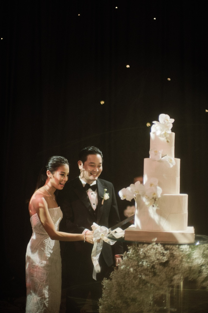 The Wedding of James & Monika by KAIA Cakes & Co. - 005
