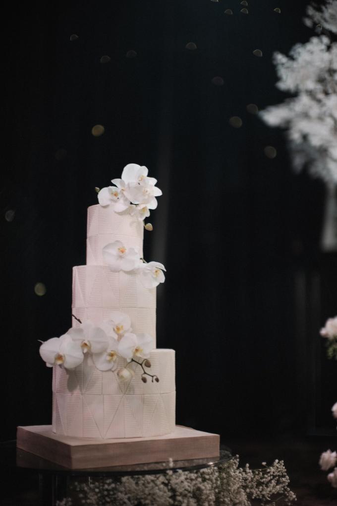 The Wedding of James & Monika by KAIA Cakes & Co. - 006