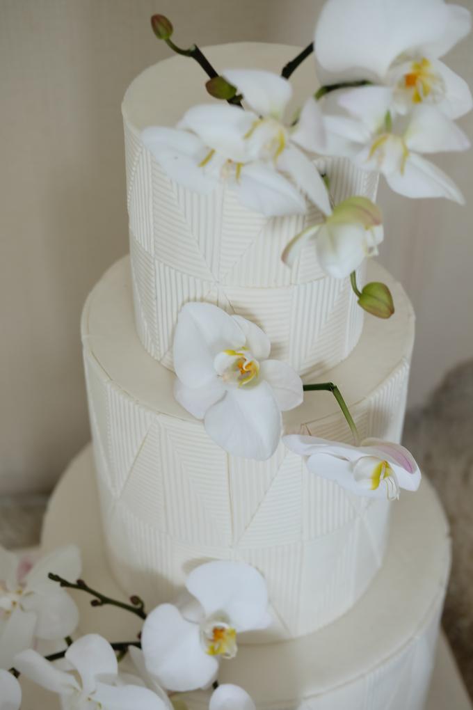 The Wedding of James & Monika by KAIA Cakes & Co. - 021