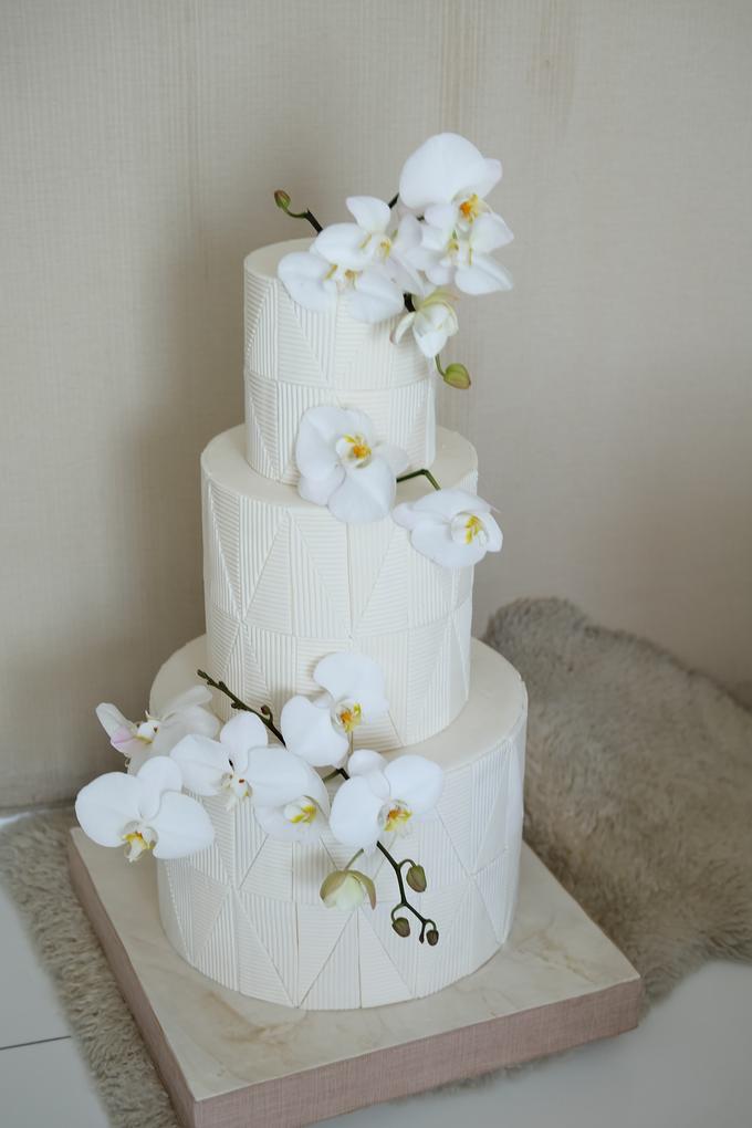 The Wedding of James & Monika by KAIA Cakes & Co. - 025